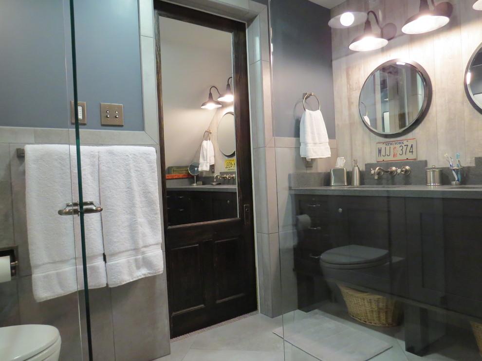 Интерьер стильной маленькой ванной комнаты