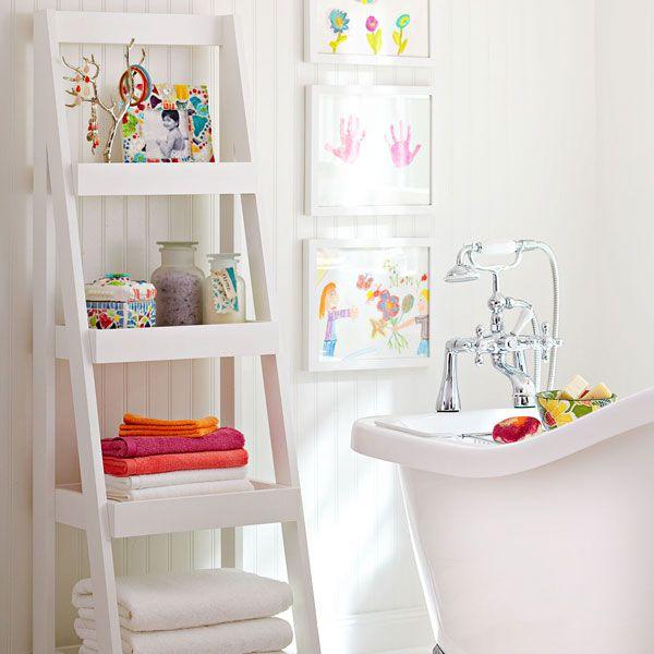 Лестница для хранения полотенец в ванной