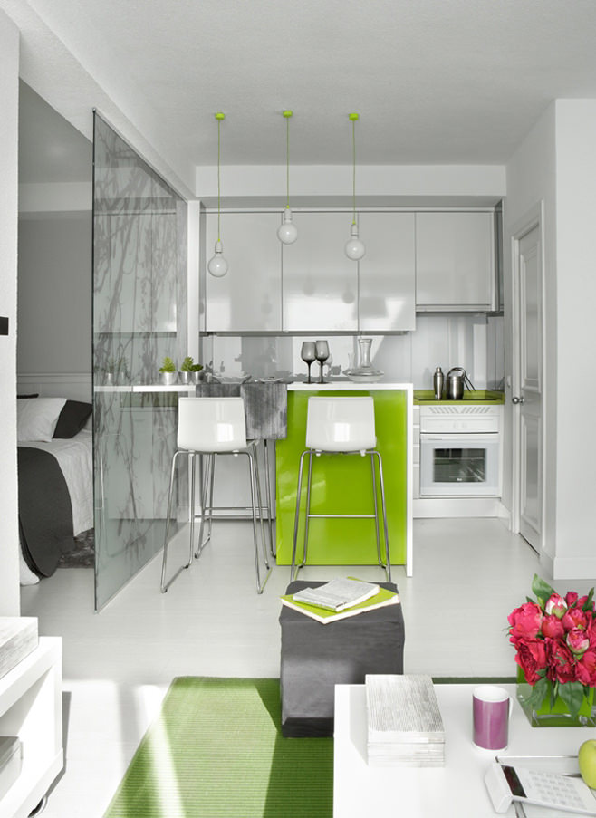 Кухня квартиры-студии в Испании