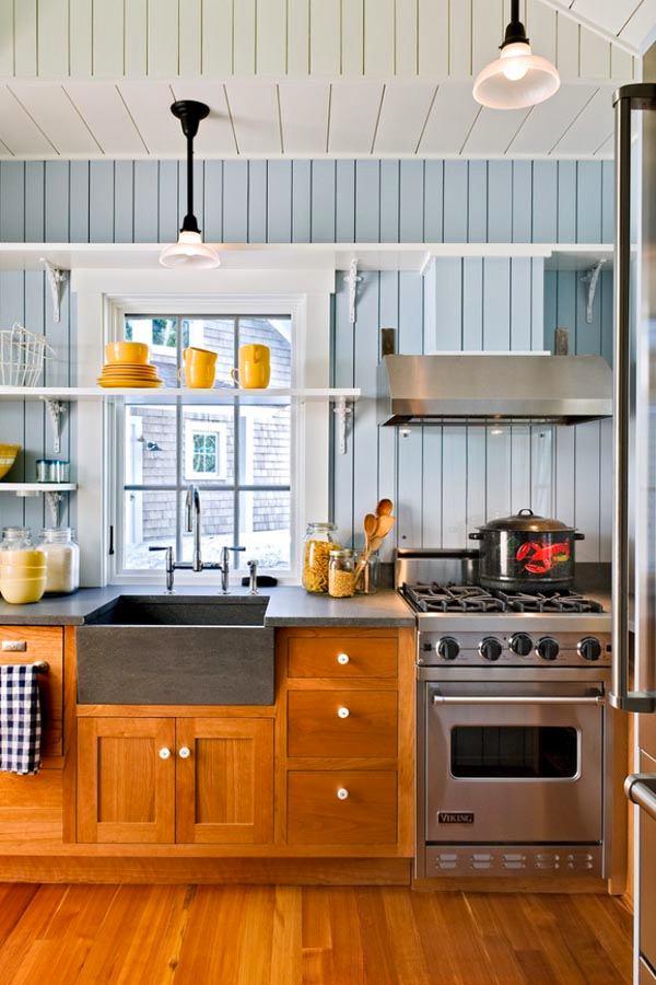Деревянная отделка на кухне