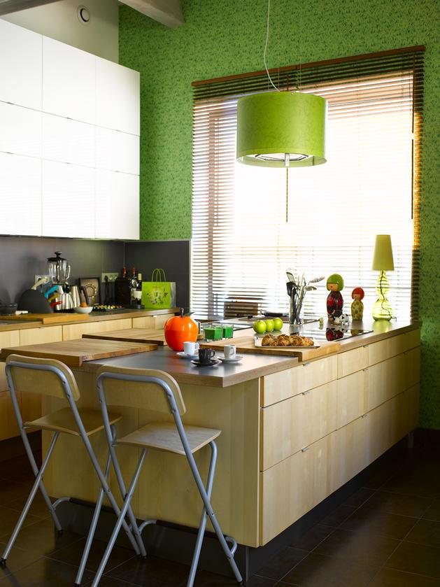 Кухня в бело-салатовом цвете