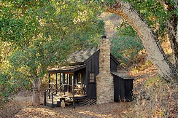 Внешний вид маленького коттеджа Innermost House в Северной Калифорнии