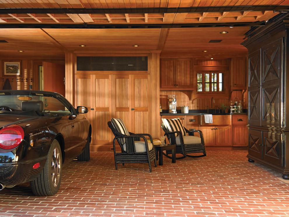 Зона для отдыха в гараже