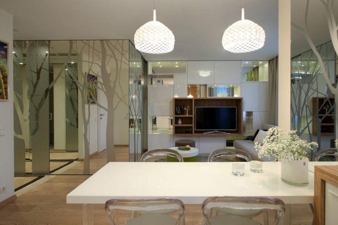 Столовая стильной однокомнатной квартиры
