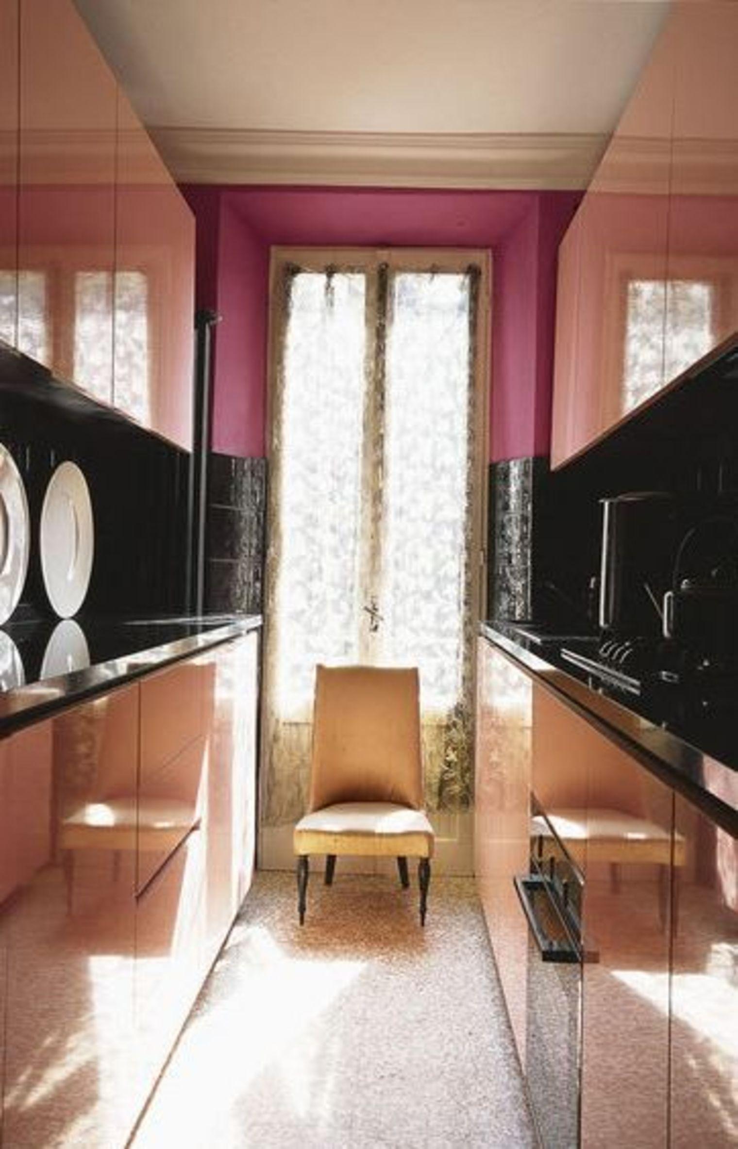 Дизайн маленькой узкой кухни