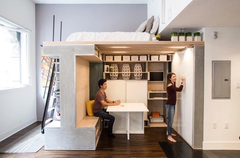 Раскладной стол в интерьере маленькой квартиры