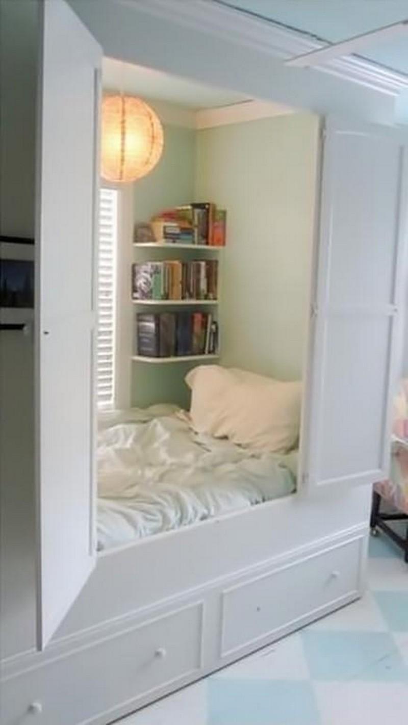 Спальное место в потайной комнате