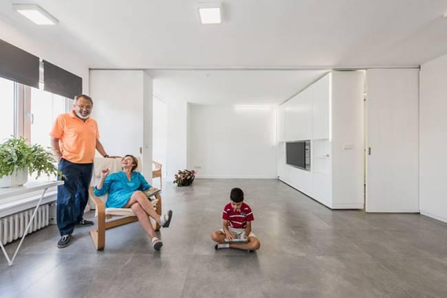 Интерьер квартиры со стенами-трансформерами