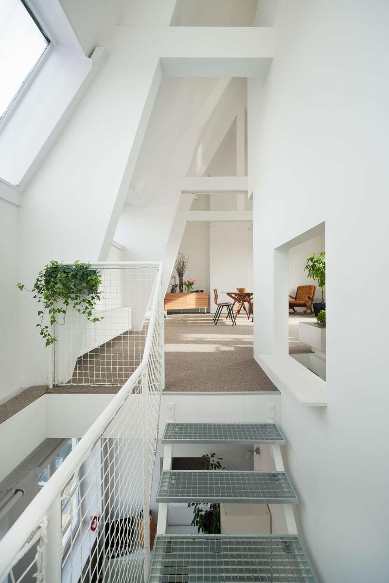 Потолок необычной формы