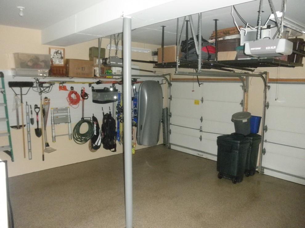 Полки под потолком в гараже