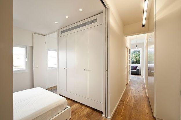 Спальня небольшой квартиры-студии