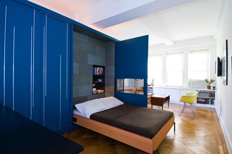 Спальная зона в маленькой квартире