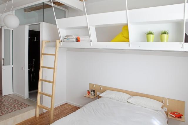 Проект мини квартиры: спальня в белом цвете