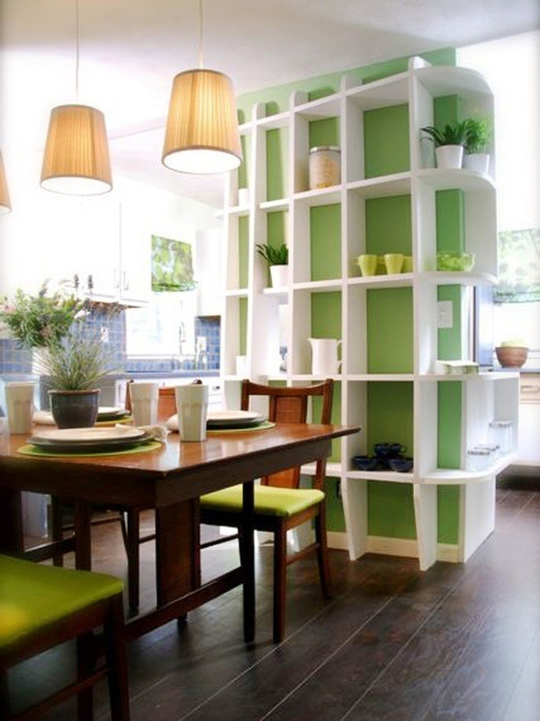 Стеллаж для комнатных растений в столовой