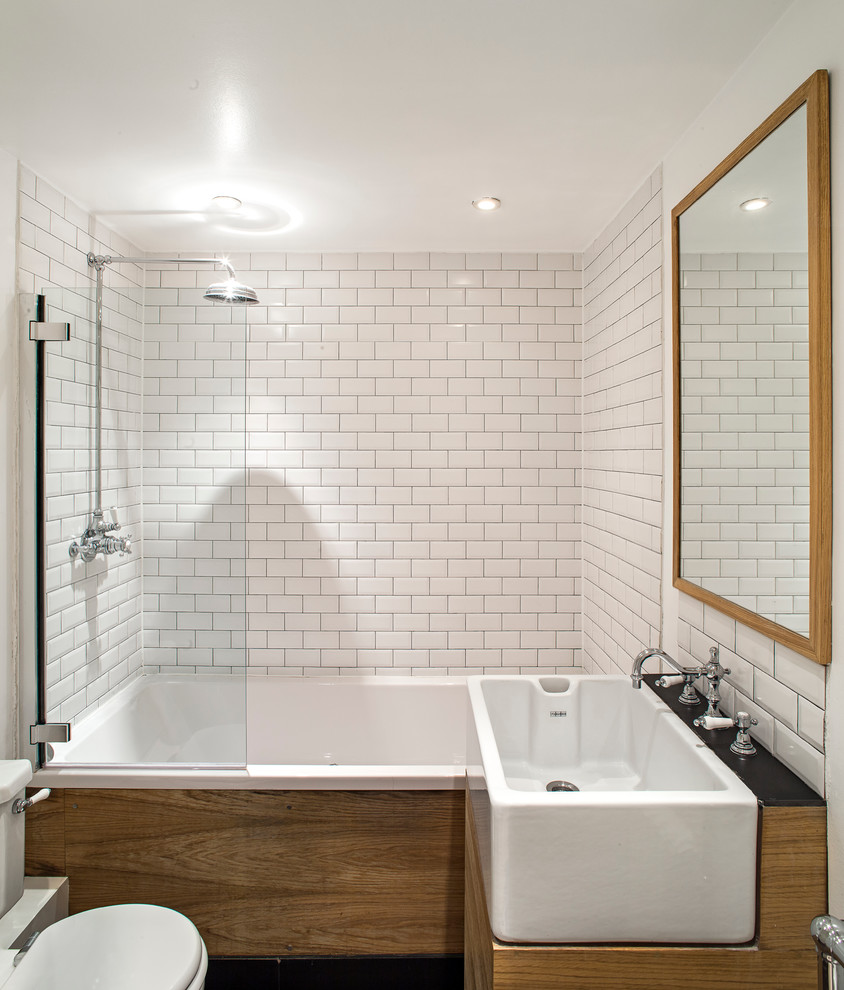 Белая плитка в оформлении ванной
