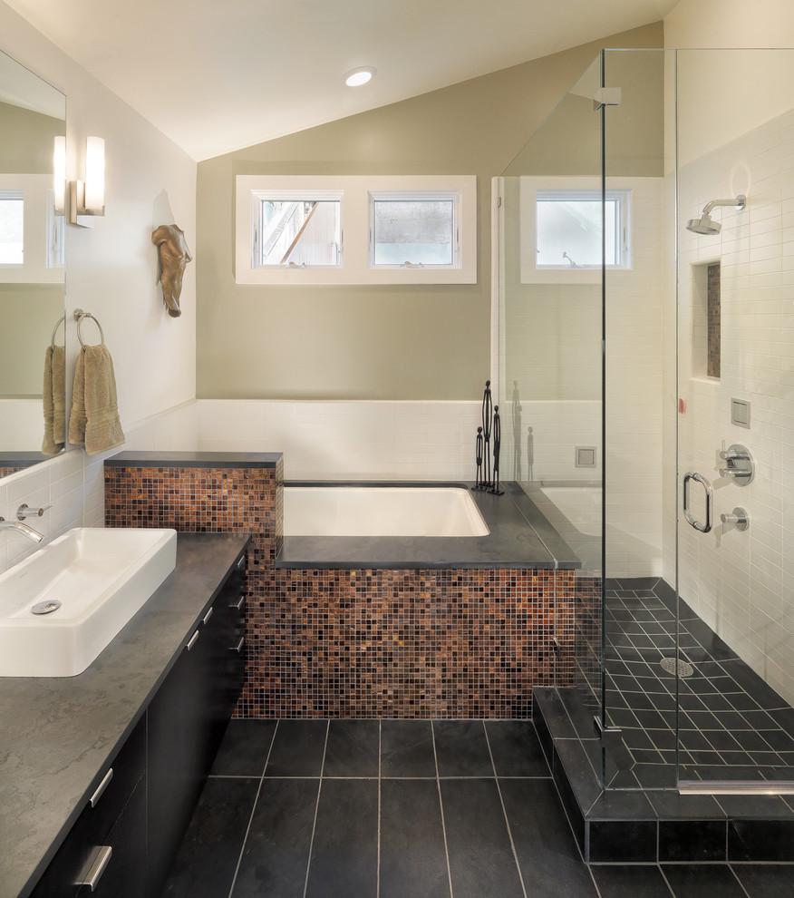 Роскошный интерьер в ванной комнате