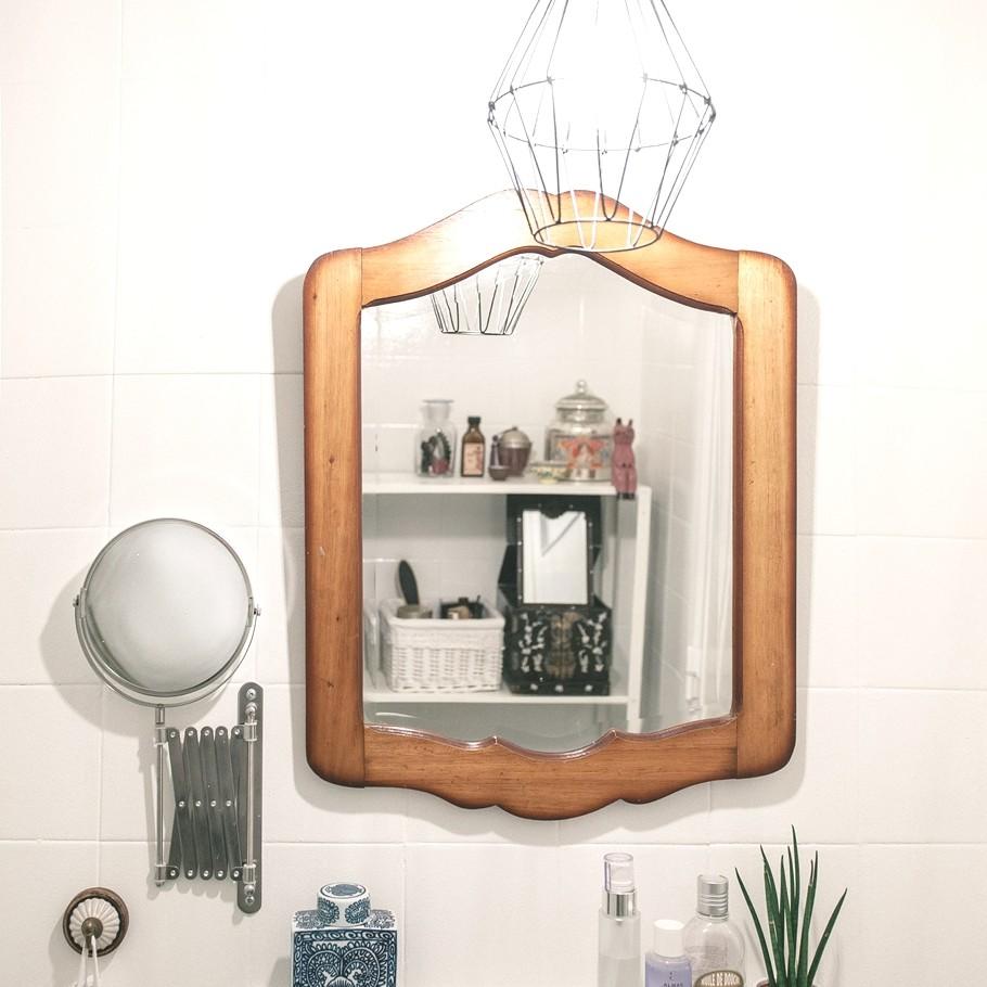 Зеркало в ванной шикарных апартаментов в Лиссабоне