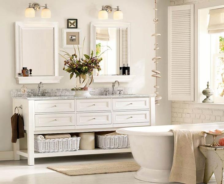 Система хранения в маленькой ванной