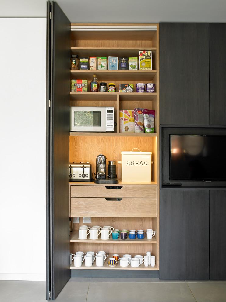 Шкаф для посуды и мелкой кухонной техники