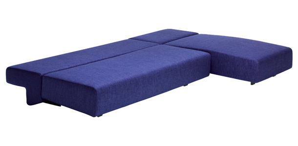 Угловой диван Cosma в разложенном виде