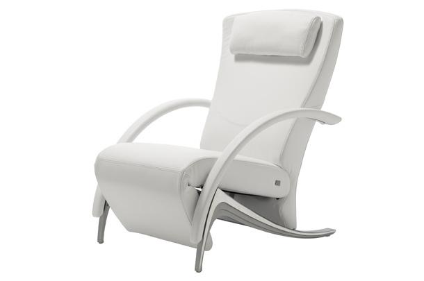 Мягкое кресло RB 3100 в белом цвете