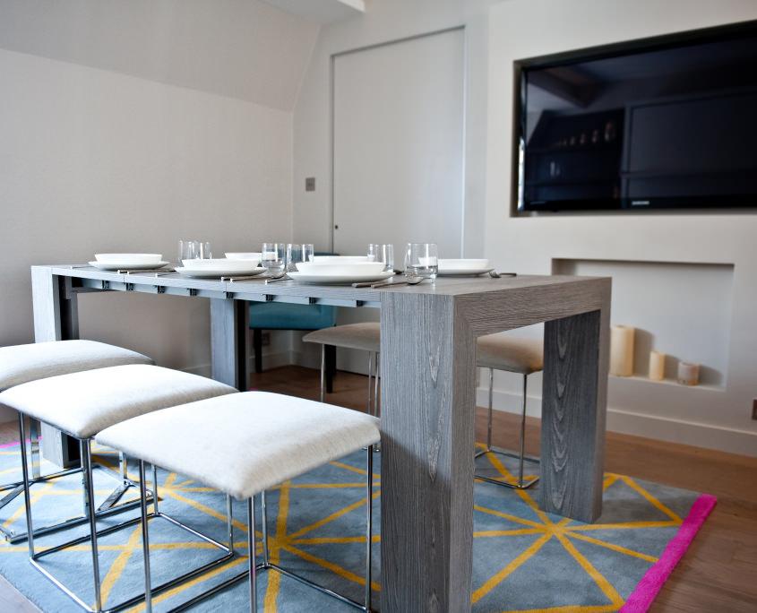 Интерьер столовой в малогабаритной квартире