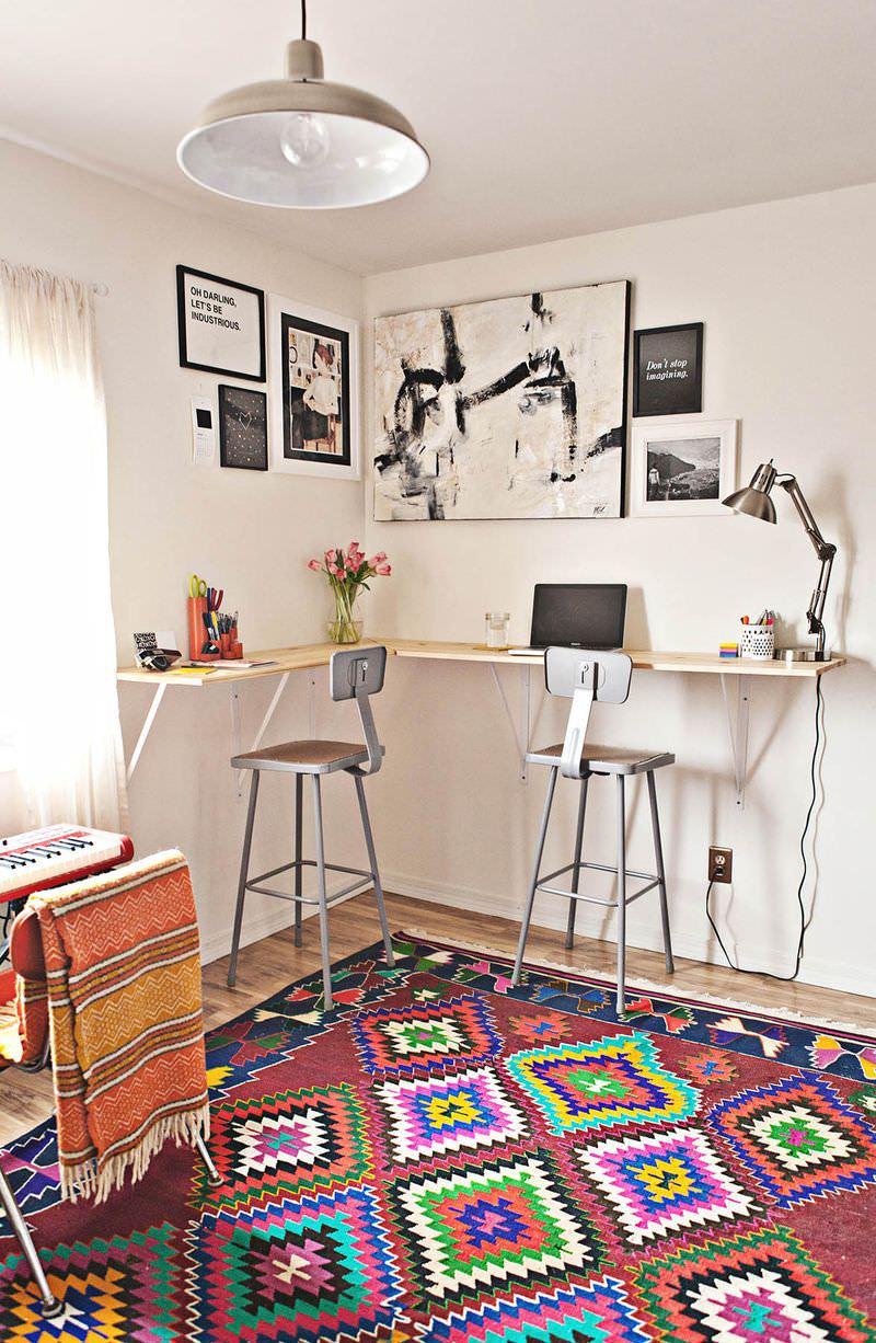 Обустройство рабочего места в дизайне маленькой комнаты