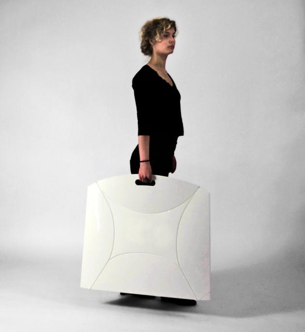 Складное кресло для малых помещений