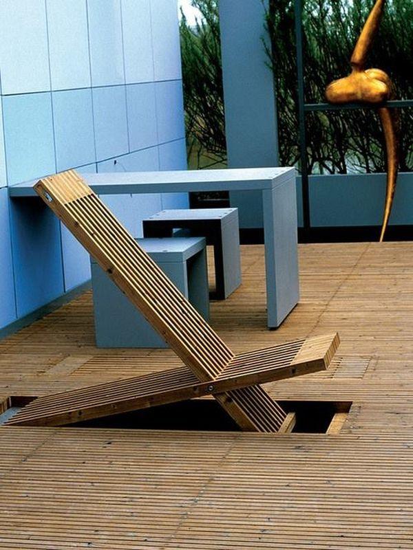 Раскладной стул в полу