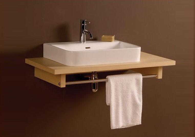 Туалетный столик Aeri в дизайне маленькой ванной