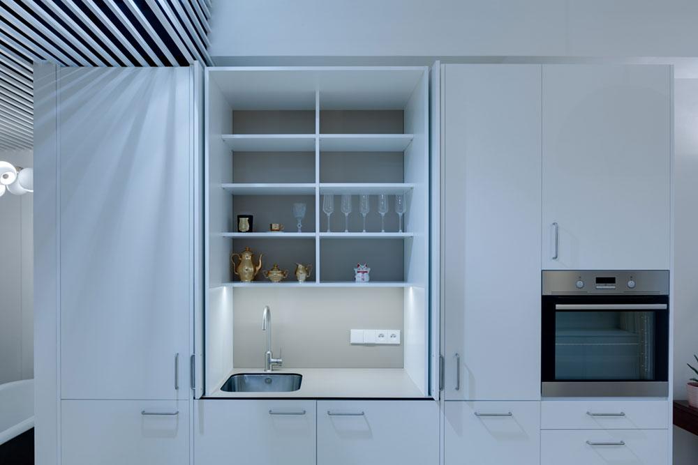 Cовременный дизайн небольшой квартиры  - кран и раковина