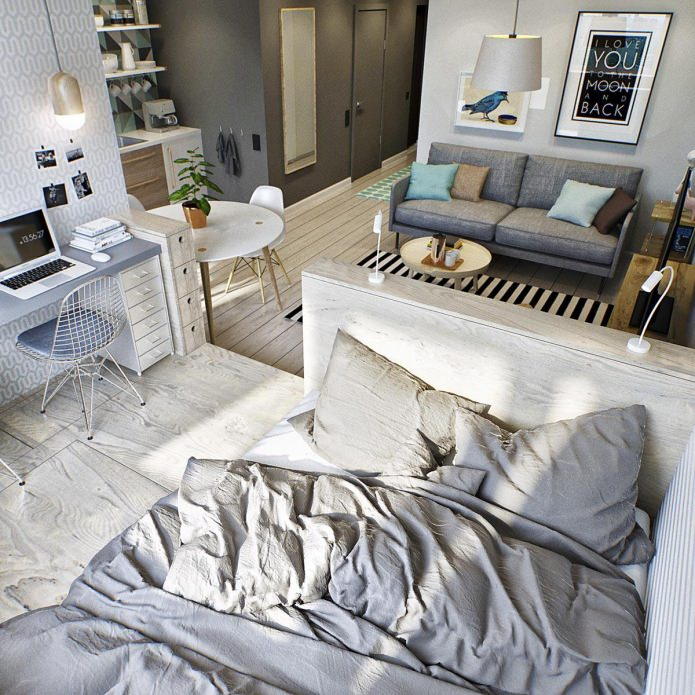 Спальное место маленькой квартиры-студии в Москве