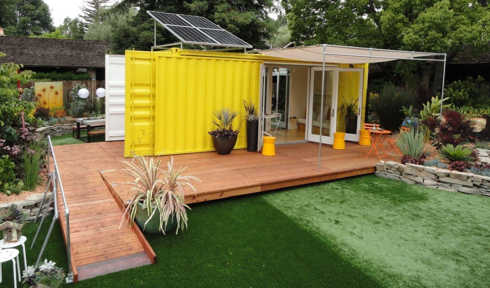 Cовременный дом из контейнеров: общий вид