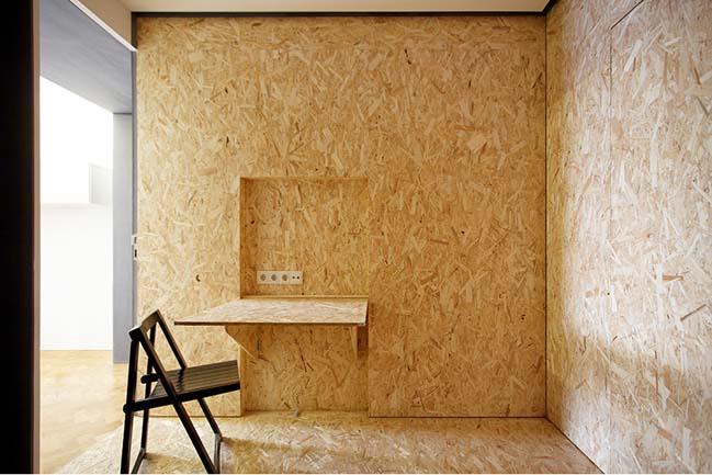 Раскладной столик в интерьере маленькой квартиры