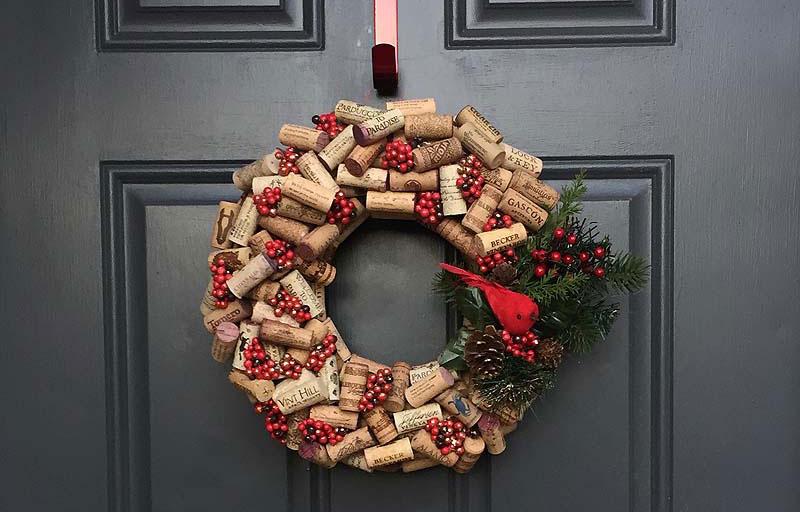 Яркое и современное рождественское украшение - фото 14