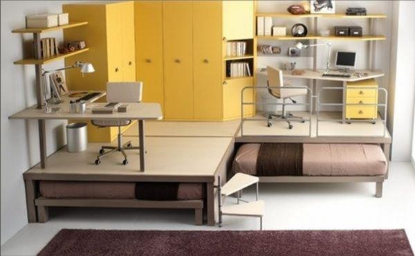 Две выдвижные кровати в комнате
