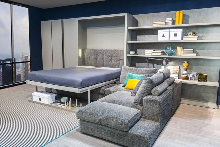 Раскладная кровать Murphy в гостиной
