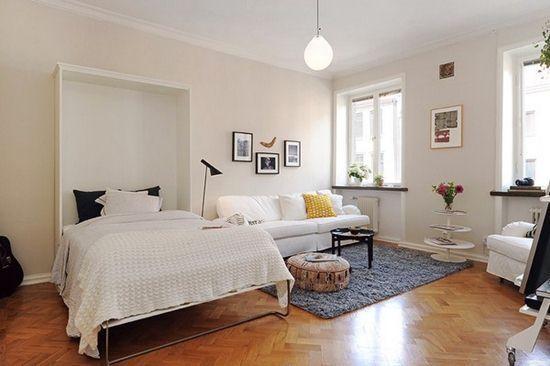 Раскладная кровать в гостиной
