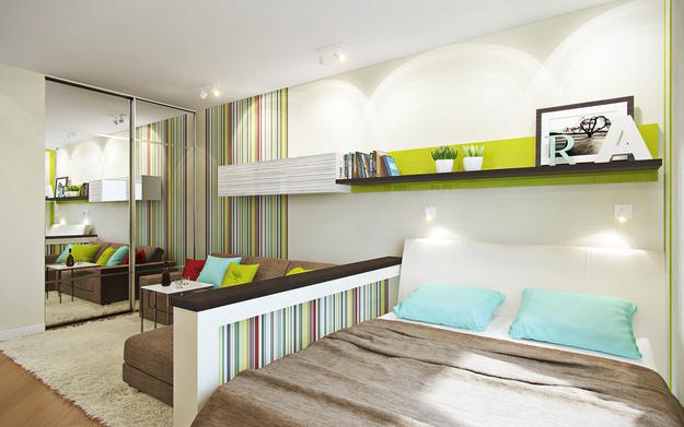 Большая кровать в гостиной