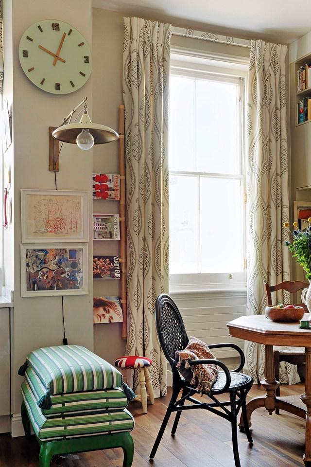 Большое окно в маленькой комнате