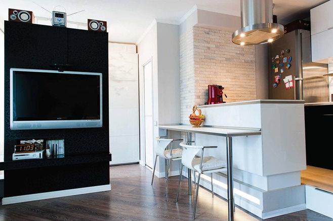 Кухня стильной квартиры-студии