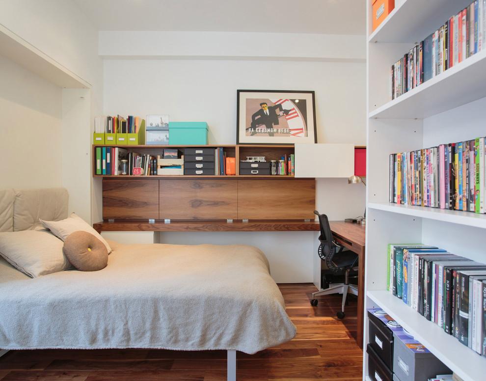 Спальное место в кабинете стильного дуплекса на Манхеттене