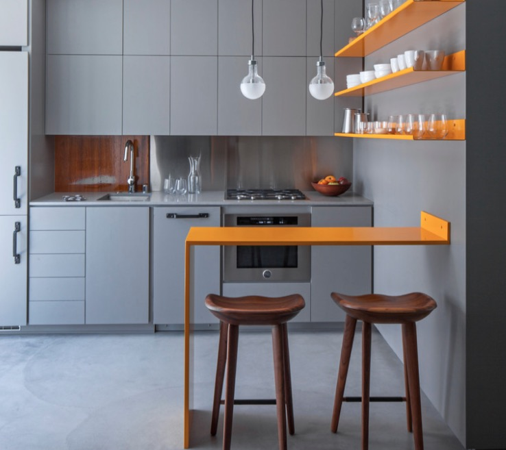 Маленький кухонный остров - барная стойка