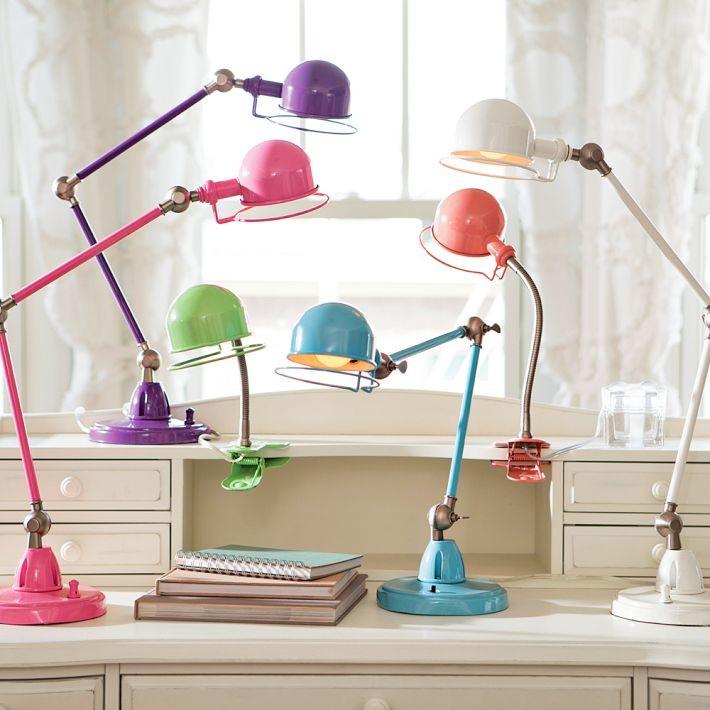 Разноцветные настольные лампы