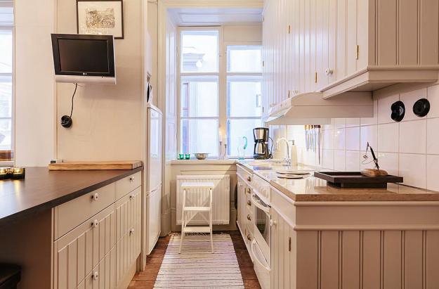 Кухня квартиры-студии в Стокгольме