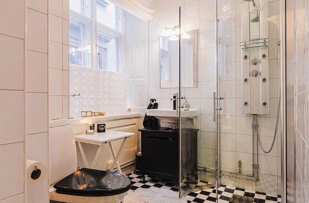 Ванная квартиры-студии в Стокгольме