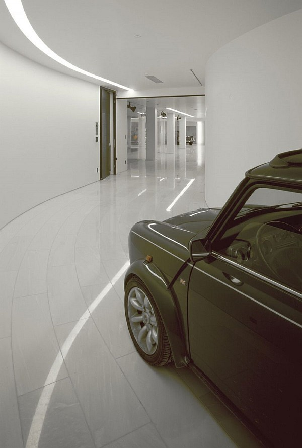 Современный гараж