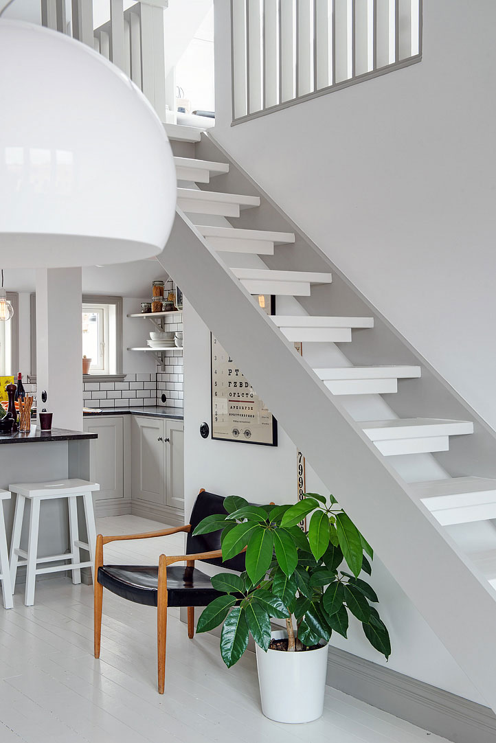 Воздушная лестница на второй уровень