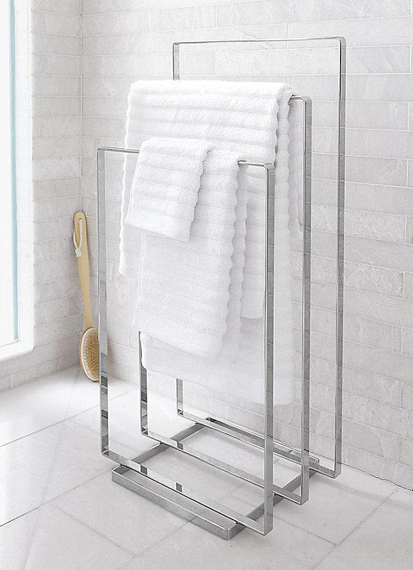 Сушилка для полотенец в ванной
