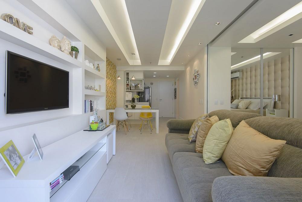 Гостиная маленькой квартиры в Копакабане